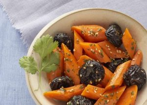 dried prunes & carrots salad