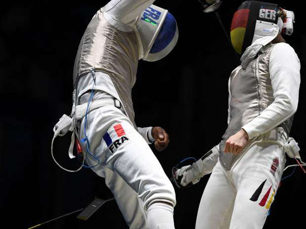 French fencer drops mobile phone during Olympics contest