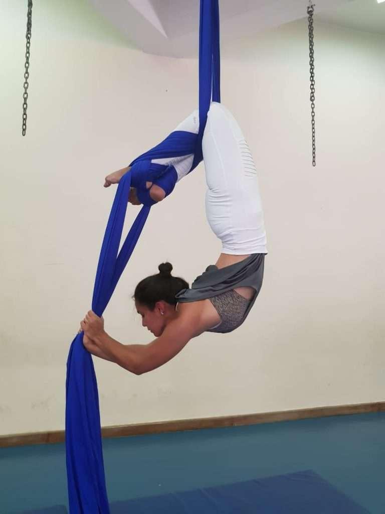 Alia Aziz Pole Dance